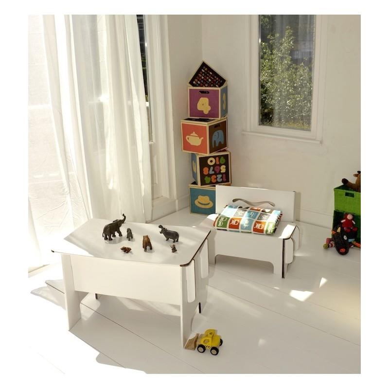 kindertisch aus karton 48 90. Black Bedroom Furniture Sets. Home Design Ideas